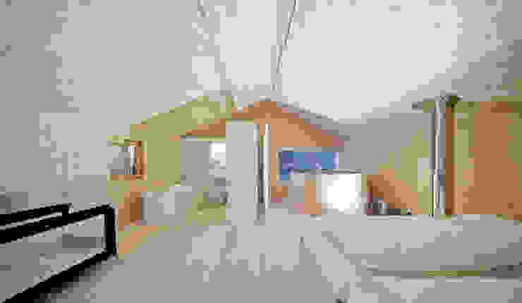 Einfamilienhaus Bout Minimalistische Schlafzimmer von Madritsch*Pfurtscheller Minimalistisch