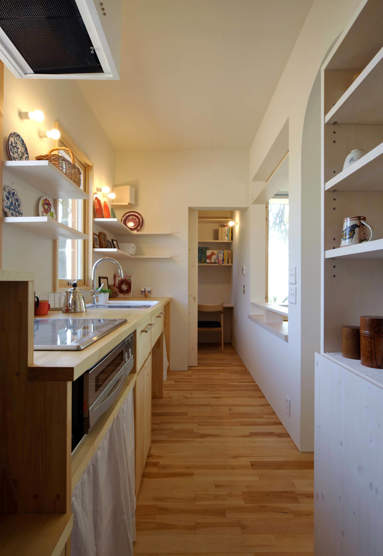 風景に住む モダンな キッチン の エヌ スケッチ モダン