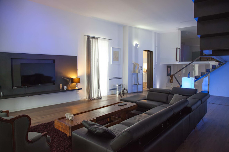 G/G associati studio di ingegneria e architettura _ing.r.guglielmi_arch.a.grossi Living room