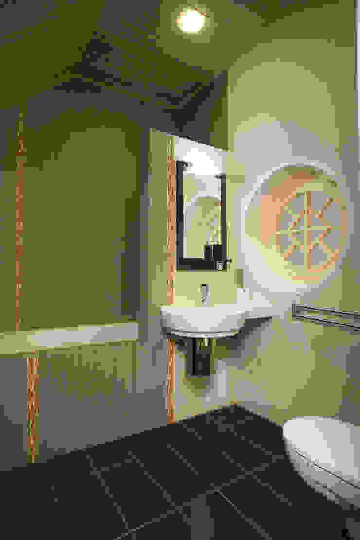 Ванная комната Ванная комната в стиле модерн от Inter-Decore Модерн