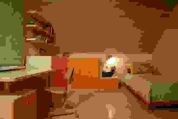 Детская комната Детская комната в стиле модерн от Inter-Decore Модерн
