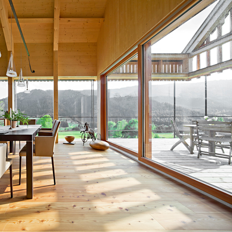 Haus Sonnleiten Moderne Fenster & Türen von Madritsch*Pfurtscheller Modern