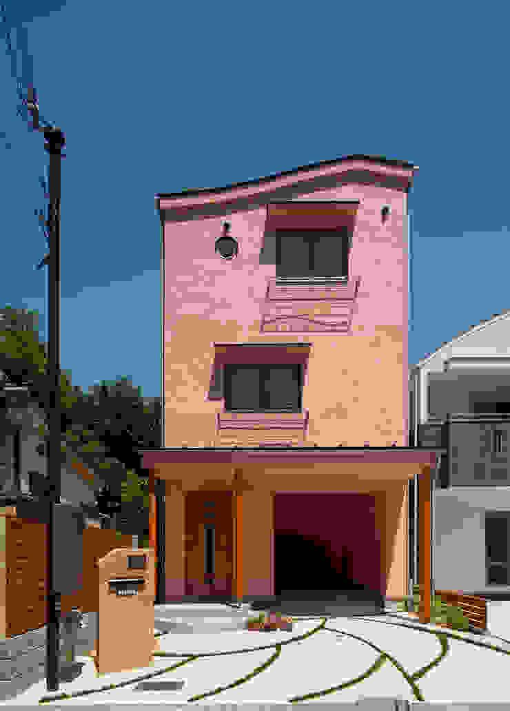 ダブルウエーブの家 オリジナルな商業空間 の 一級建築士事務所 YURI DESIGN オリジナル