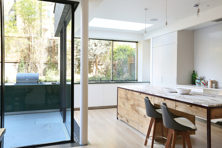 Kitchen by Alex Maguire Photography Minimalist