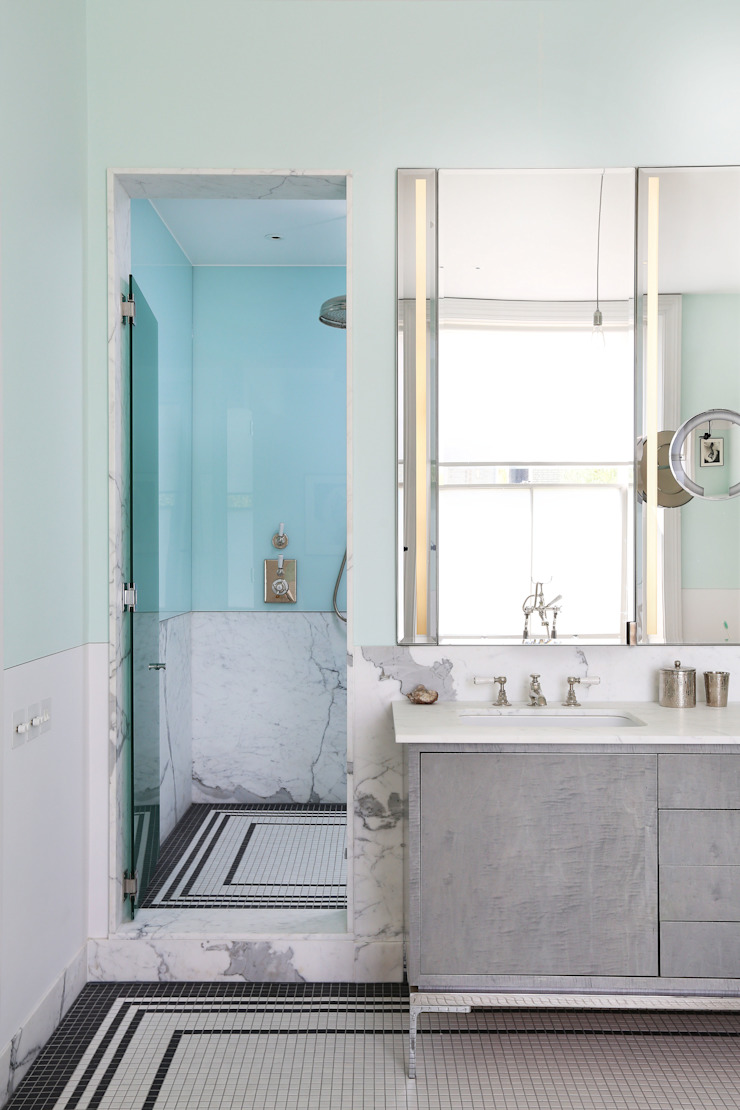 Notting Hill home Minimalist style bathroom by Alex Maguire Photography Minimalist