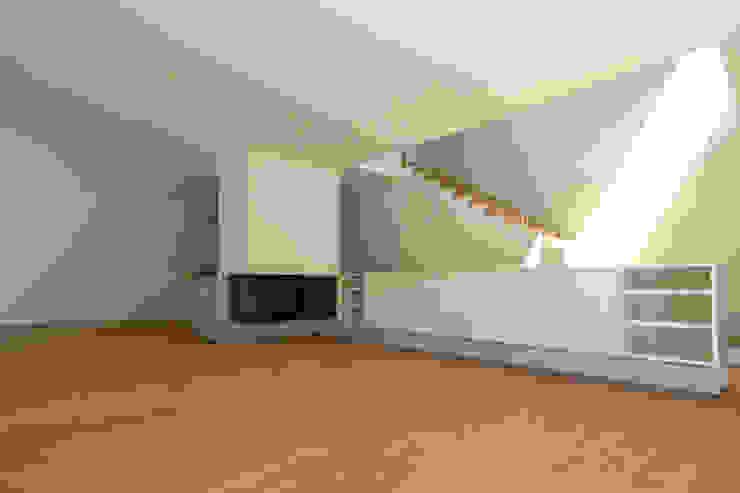 EFH Binzenweg Moderne Wohnzimmer von B & M Architekten GmbH Modern