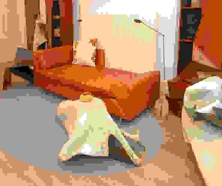 Living space: modern  by Philip Michael Wolfson, Modern