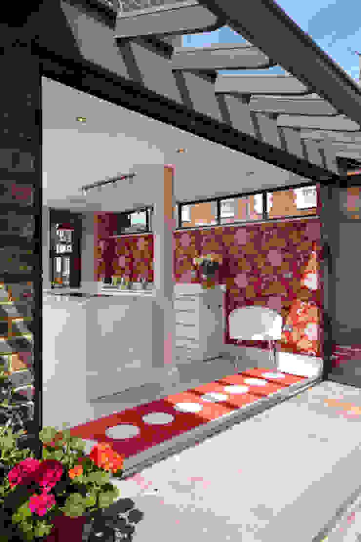 Victorian Townhouse Etons of Bath Modern kitchen