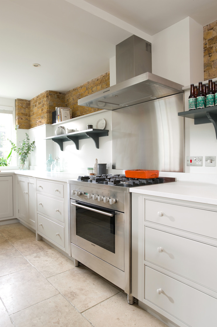 The Old School House | A Contemporary Family Kitchen in East London Humphrey Munson Classic style kitchen
