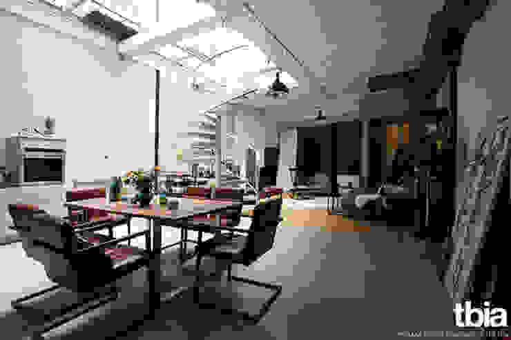 Comedores de estilo industrial de tbia - Thomas Bieber InnenArchitekten Industrial