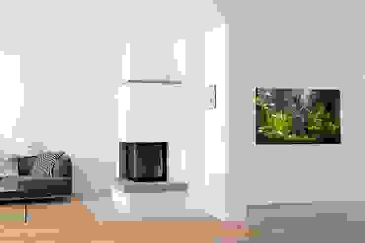 Modern Living Room by Bachmann Badie Architekten Modern