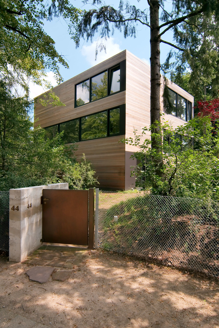 Helm Westhaus Architekten Casas de estilo minimalista