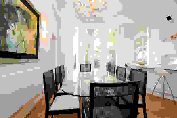 Dining Modern dining room by NSI DESIGN LTD Modern