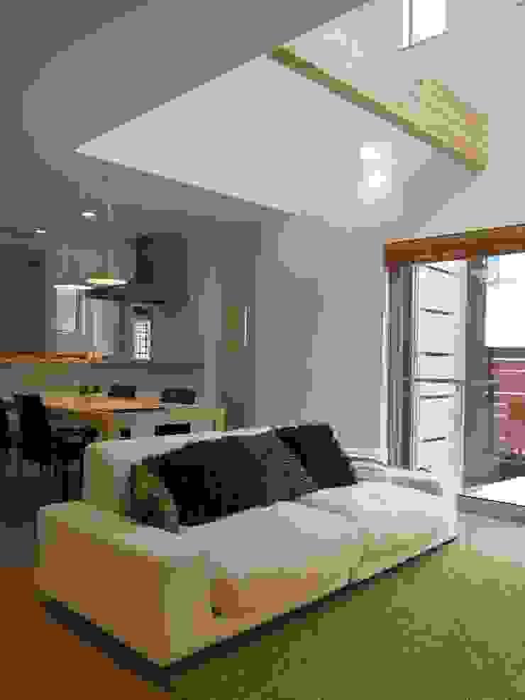 よしだみわこ建築設計事務所 Mediterranean style living room