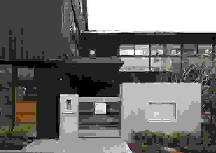 正面玄関 アジア風学校 の ユニップデザイン株式会社 一級建築士事務所 和風