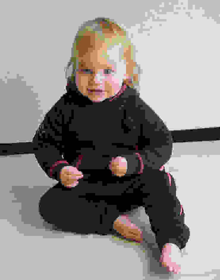 Babypak van Sweaterstof. Gemaakt van 100% GOTS keurmerk biologisch katoen. van Baby1suit