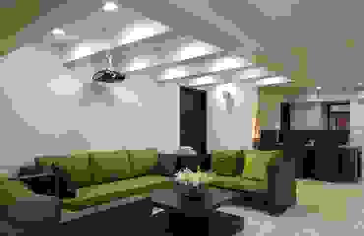 homify Minimalist living room