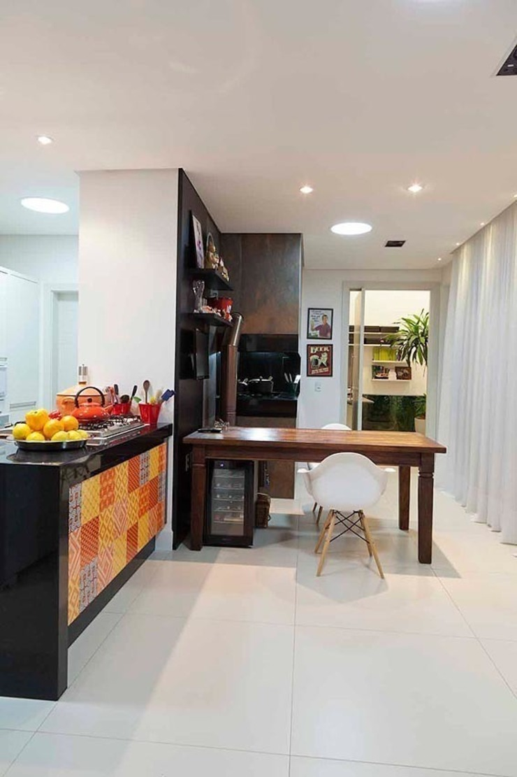 Casa AP+VP Cozinhas modernas por ANDRÉ PACHECO ARQUITETURA Moderno