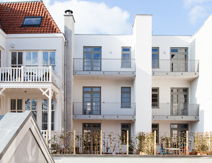 Casas modernas de Brand Olink Architecten Moderno