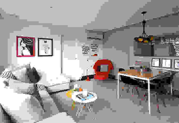 Modern Living Room by Duda Senna Arquitetura e Decoração Modern