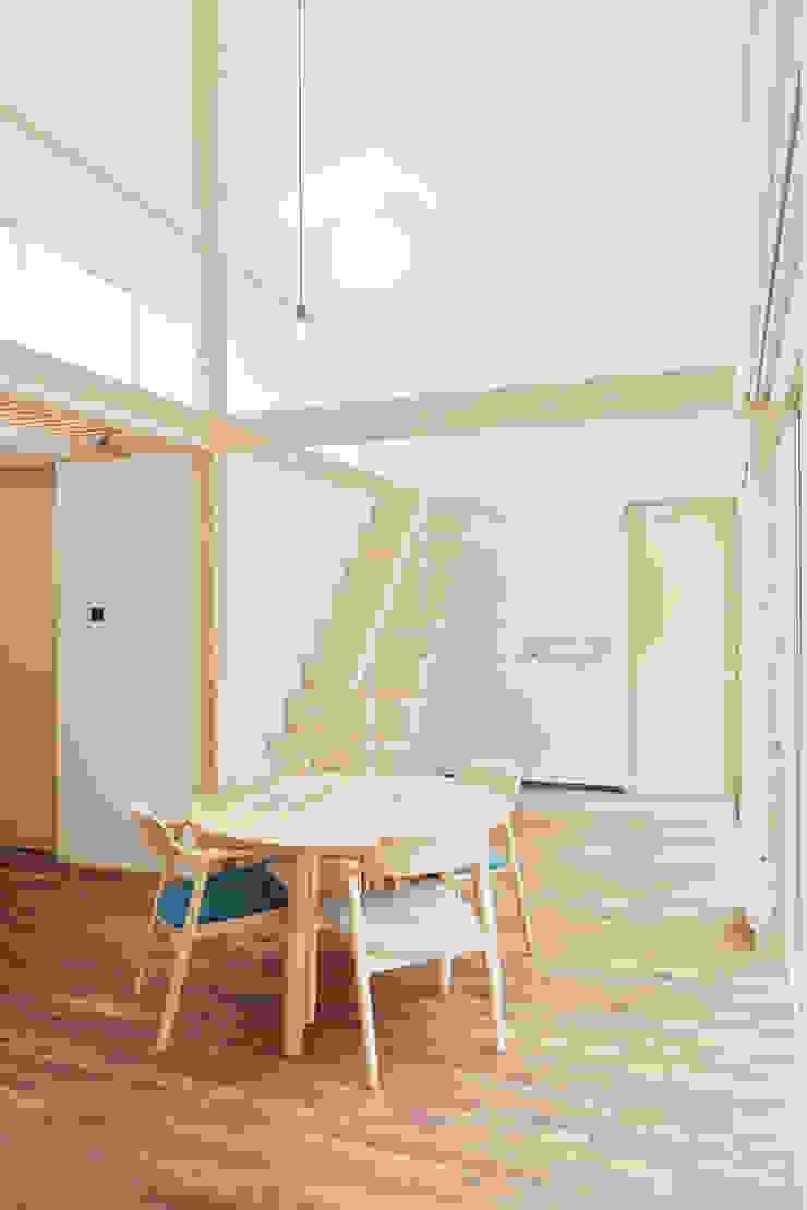 白砂孝洋建築設計事務所 Livings de estilo minimalista