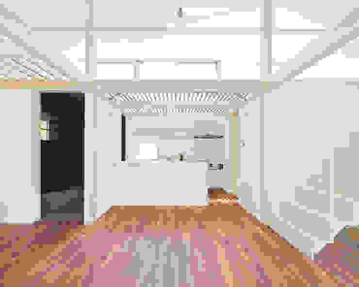 あざみ野の家 ミニマルデザインの キッチン の 白砂孝洋建築設計事務所 ミニマル