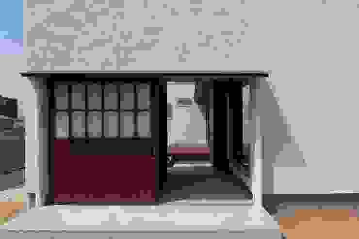 東面外観 クラシカルな 家 の 宇佐美建築設計室 クラシック