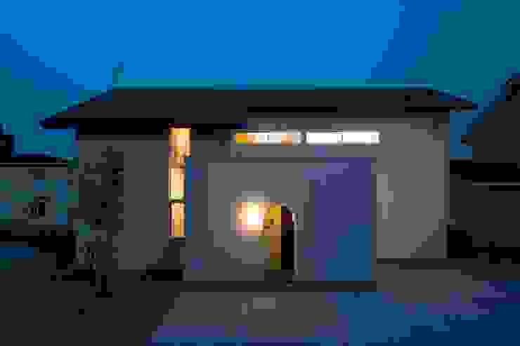 北道路側のファサード クラシカルな 家 の 宇佐美建築設計室 クラシック