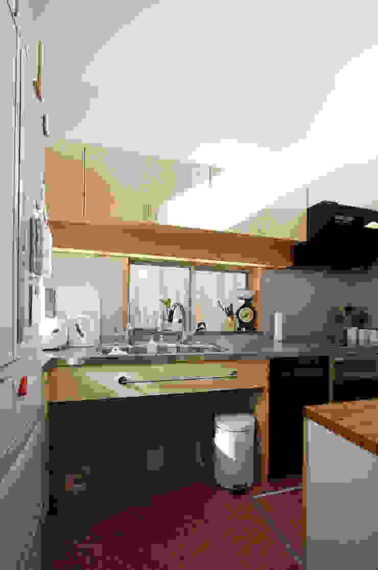 厨房 地中海デザインの キッチン の 遠藤浩建築設計事務所 H,ENDOH ARCHTECT & ASSOCIATES 地中海