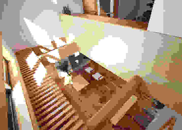 リビング吹抜 モダンデザインの リビング の 遠藤浩建築設計事務所 H,ENDOH ARCHTECT & ASSOCIATES モダン