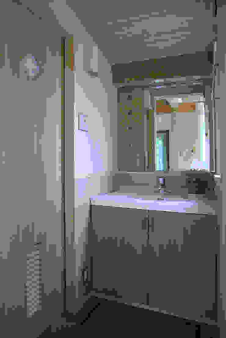 こじんまりとした洗面室 モダンスタイルの お風呂 の 遠藤浩建築設計事務所 H,ENDOH ARCHTECT & ASSOCIATES モダン