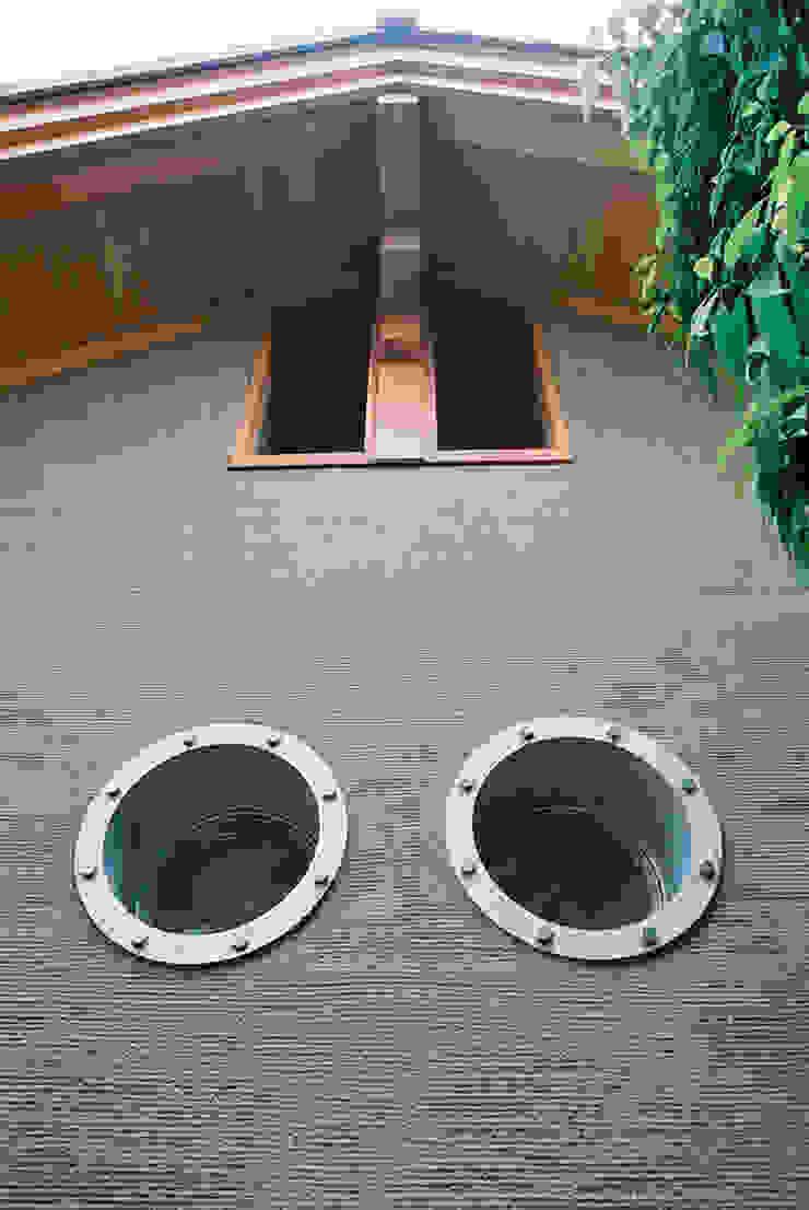 船舶窓 インダストリアルな 窓&ドア の 遠藤浩建築設計事務所 H,ENDOH ARCHTECT & ASSOCIATES インダストリアル