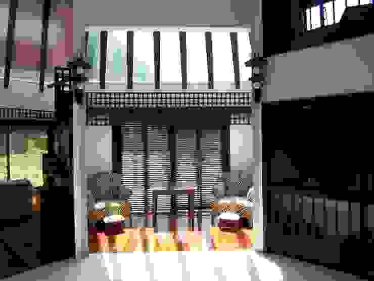 サンルーム 和風デザインの 多目的室 の 原田正史建築設計事務所 和風 木 木目調