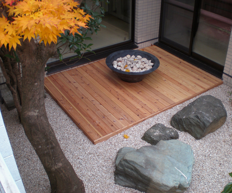 courtyard N3 by 山越健造デザインスタジオ Kenzo Yamakoshi Design Studio 모던