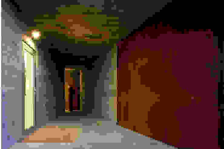 Casa em Azeitão Varandas, marquises e terraços minimalistas por Atelier Central Arquitectos Minimalista