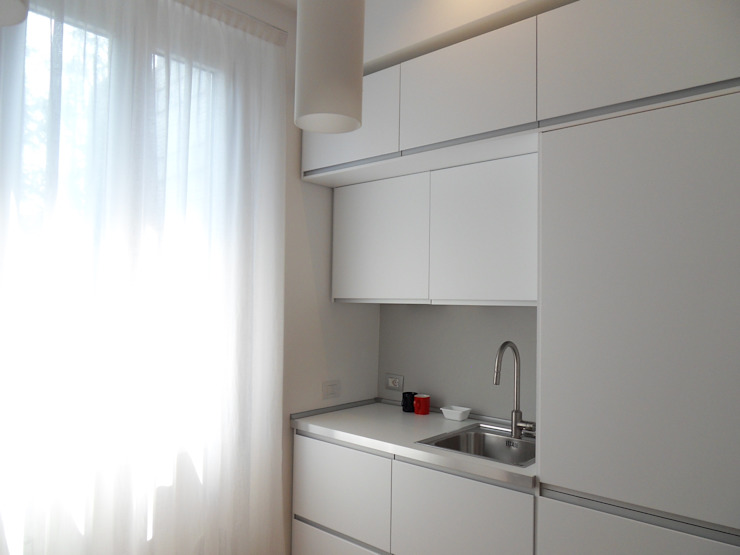 Minimalist Oturma Odası gk architetti (Carlo Andrea Gorelli+Keiko Kondo) Minimalist