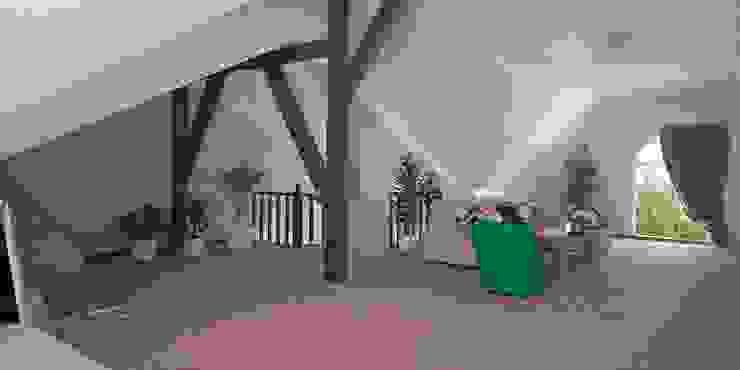 Интерьер таунхауса, 183 кв. м. (3 этажа) Гостиная в стиле минимализм от Мастерская архитектуры и дизайна FOX Минимализм