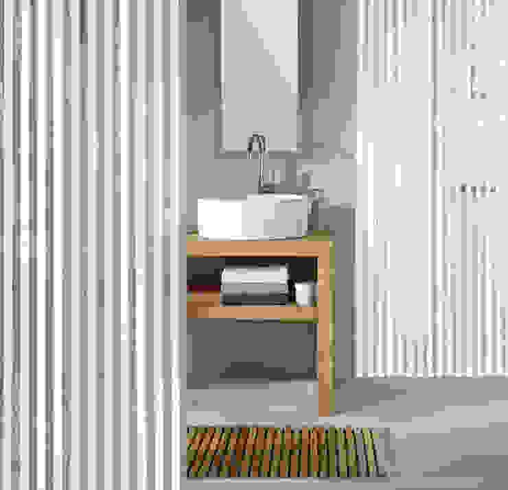 Sobriété Salle de Bains Déco.com Salle de bainBaignoires & douches Plastique Blanc
