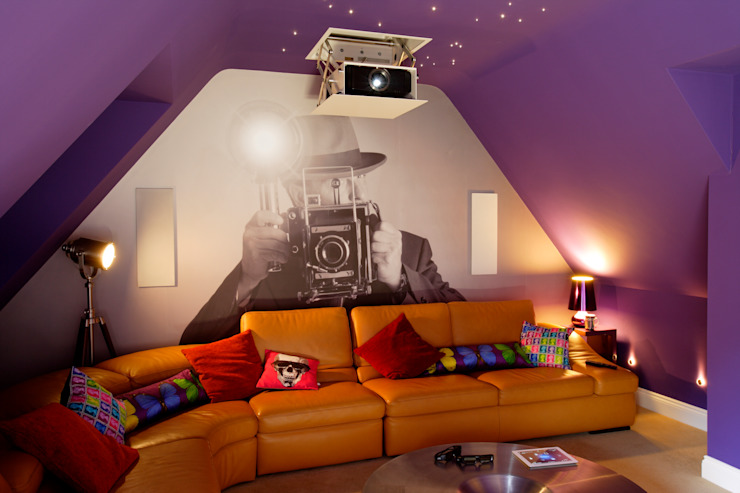 Incredible Loft Cinema Conversion 모던스타일 미디어 룸 by New Wave AV 모던