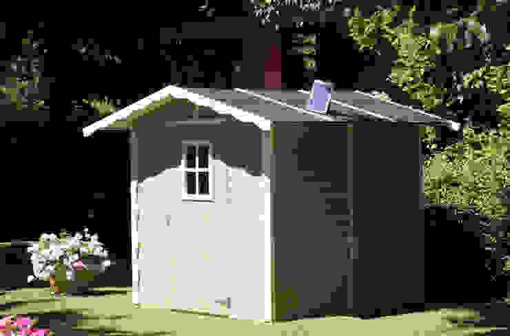 Casetta da giardino Vaniglia colorata di homify Classico