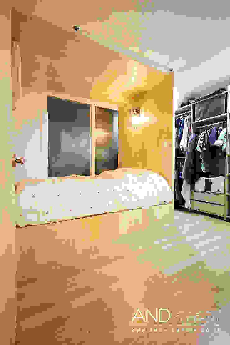 Modern style bedroom by 앤드컴퍼니 Modern