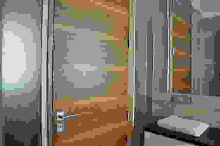 ENDE marcin lewandowicz Minimalist style bathroom