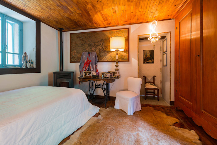 Mondomathis Maison Brocante Camera da letto eclettica di PaoloNet di Paolo Brignone Eclettico