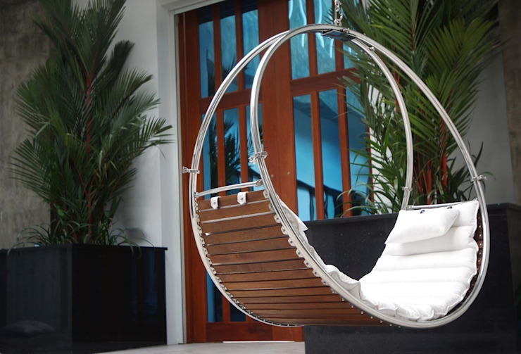 Duality:  Balconies, verandas & terraces  by Trinity hammocks