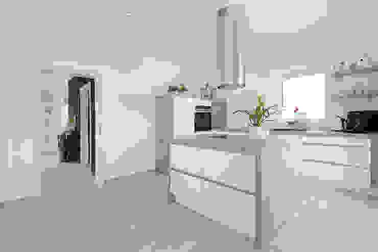 Danhaus GmbH Kitchen
