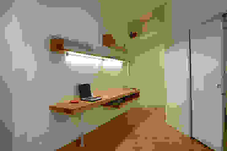 casa in via di Valle Corteno Studio moderno di studio di architettura Comes Del Gallo Moderno