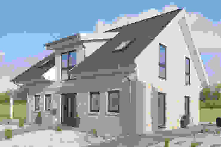 Nowoczesne domy od Danhaus GmbH Nowoczesny
