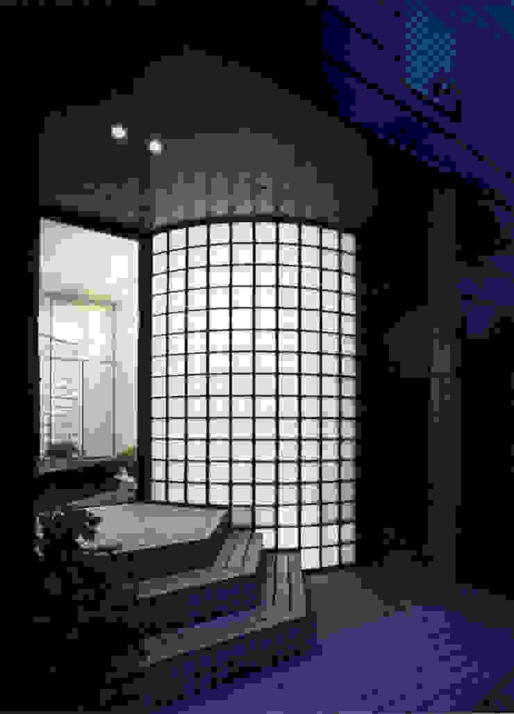 休止符の家: 加藤將己/将建築設計事務所が手掛けた現代のです。,モダン