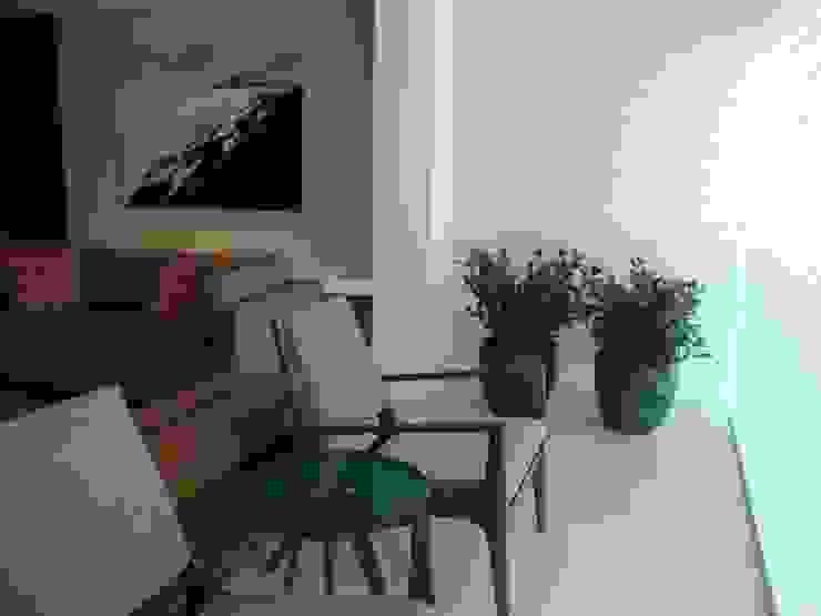 Apartamento Beira Mar Salas de estar modernas por Geraldo Brognoli Ludwich Arquitetura Moderno