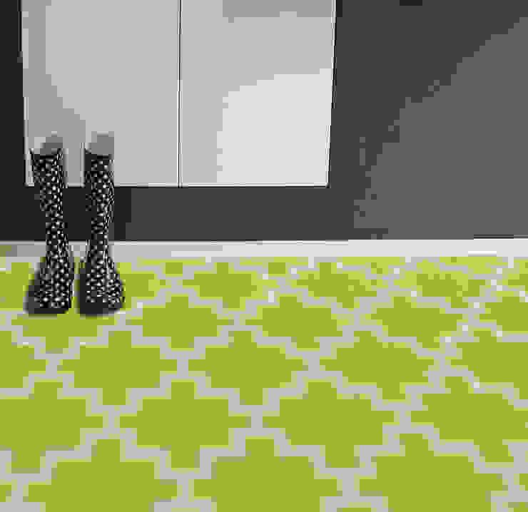 minimalist  by RUGit Store, Minimalist